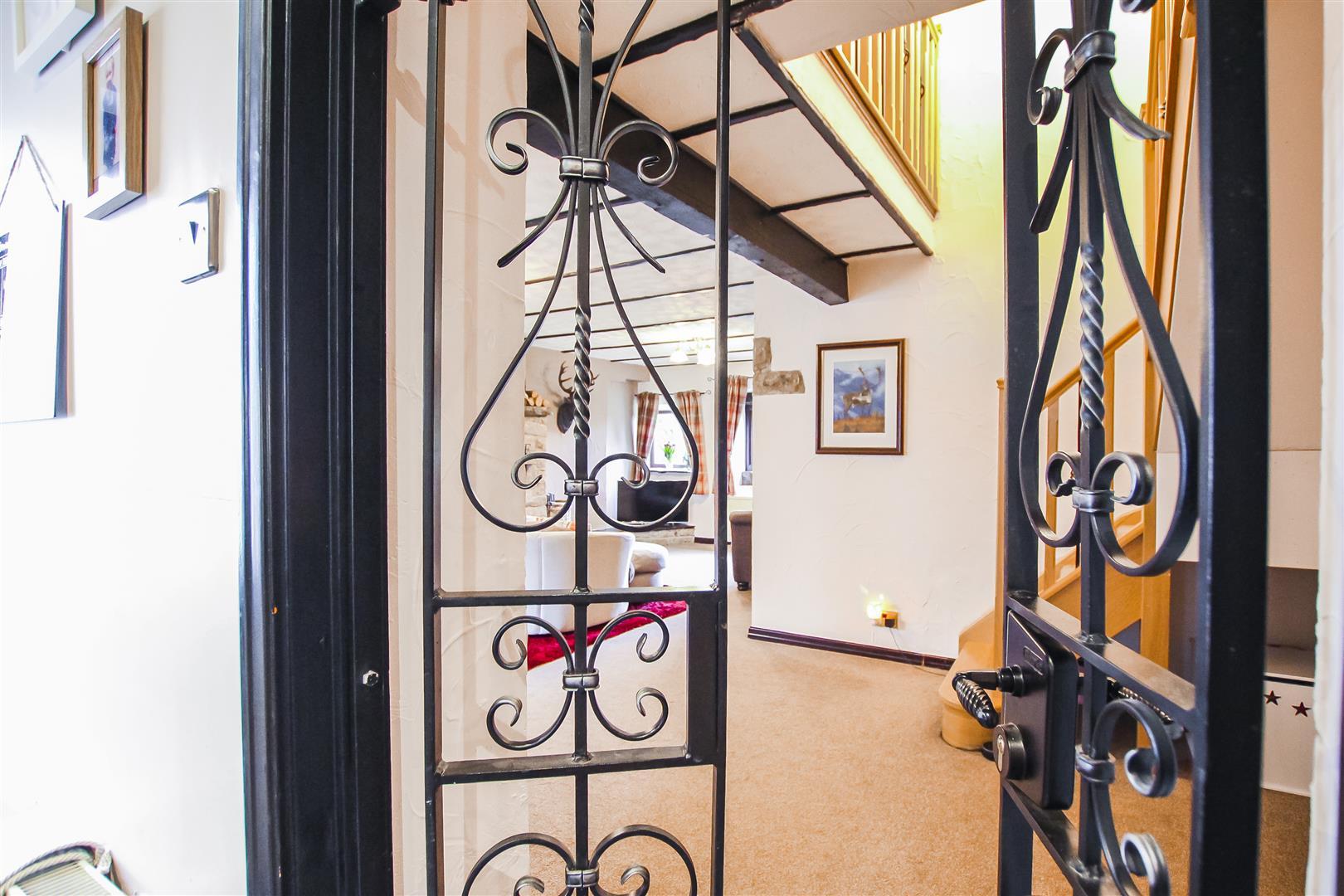 3 Bedroom Terraced Cottage For Sale - Image 14